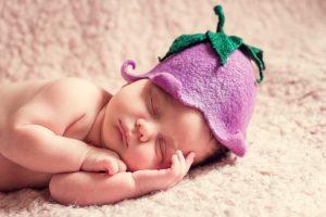 まるで天使のような赤ちゃんの寝顔の写真